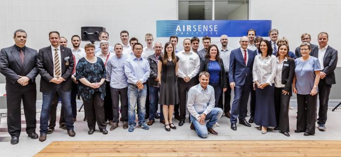 Erwin Sellering und das Airsense Team